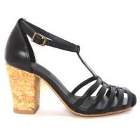 Sapato 16620 em couro Preto