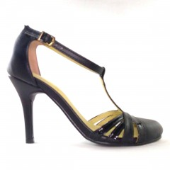 Sapato 21614 em  Preto com Verniz